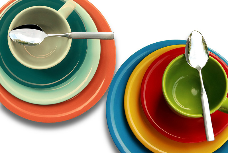 Plates, Silverware, and Other Vacation Home Kitchen Amenities